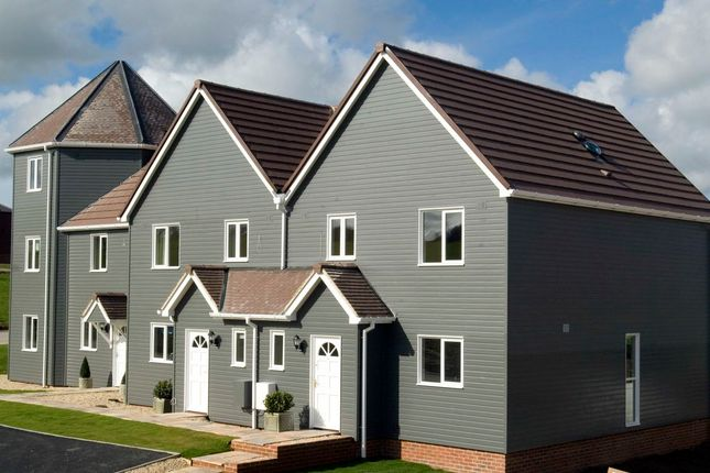 Thumbnail Terraced house to rent in Lakes View, Royal Wootton Bassett