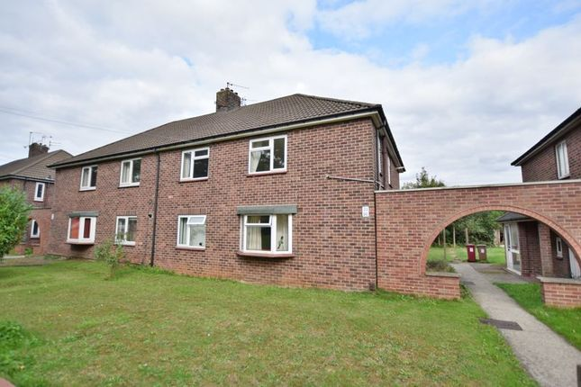 Thumbnail Flat to rent in Grange Lane South, Scunthorpe