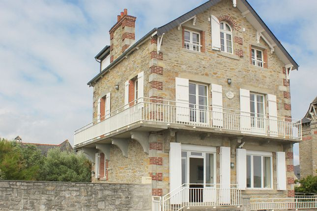 Property for sale in 22380, Saint Cast Le Guildo, France