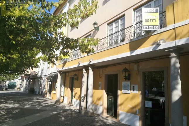 Block of flats for sale in 6050 Nisa, Portugal
