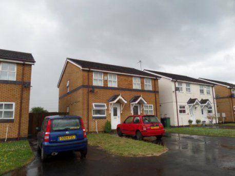 2 bed property to rent in Waterways Drive, Oldbury, Birmingham