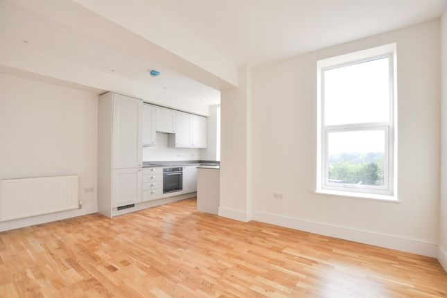 1 bed flat for sale in Hayway, Rushden NN10