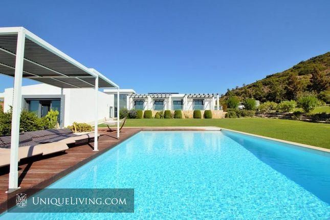 Thumbnail Villa for sale in Golden Triangle, Central Algarve, Portugal