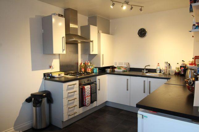 Kitchen of Shearer Close, Havant, Hampshire PO9