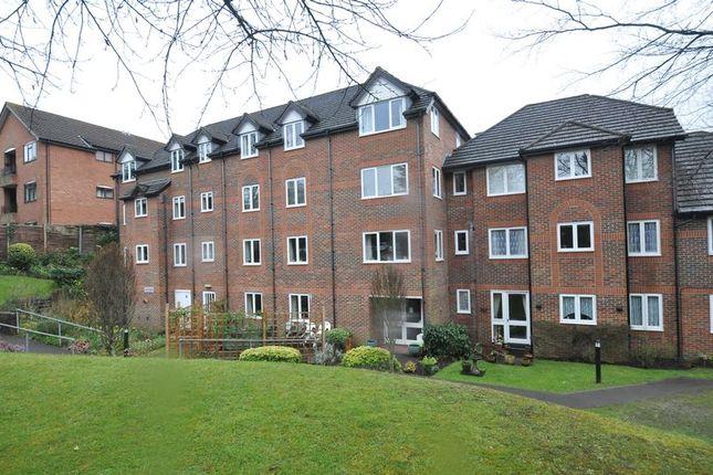 Thumbnail Flat for sale in Clockhouse Road, Farnborough