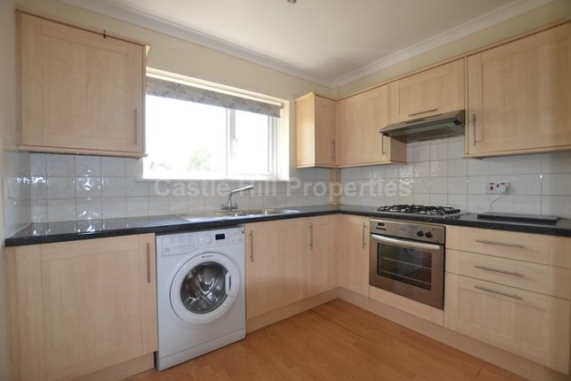Thumbnail Maisonette to rent in Coniston Crescent, Slough, Berkshire.