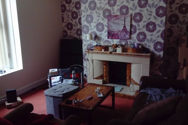 2 bed terraced house to rent in Hanover Street, Swansea