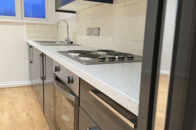 Thumbnail Flat to rent in Santingley Lane, New Crofton, Wakefield