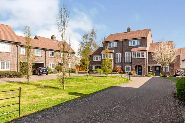 Thumbnail Terraced house for sale in Lindsell Avenue, Letchworth Garden City
