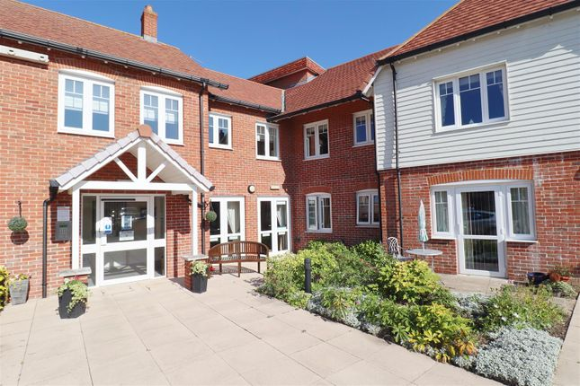 1 bed property for sale in Chinnerys Court, Braintree CM7
