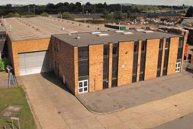 Thumbnail Light industrial to let in Unit 8, International Trading Estate, Trident Way, Southall, Middlesex