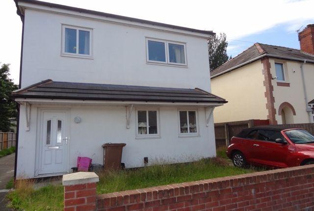 Thumbnail Flat to rent in Oak Avenue, Newton-Le-Willows