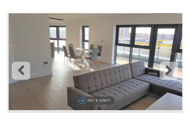 Thumbnail Flat to rent in Castleton House, London