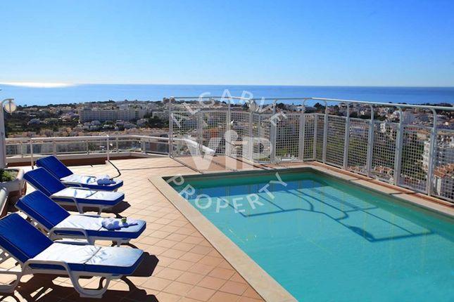 Apartment for sale in Montechoro, Albufeira E Olhos De Água, Albufeira Algarve