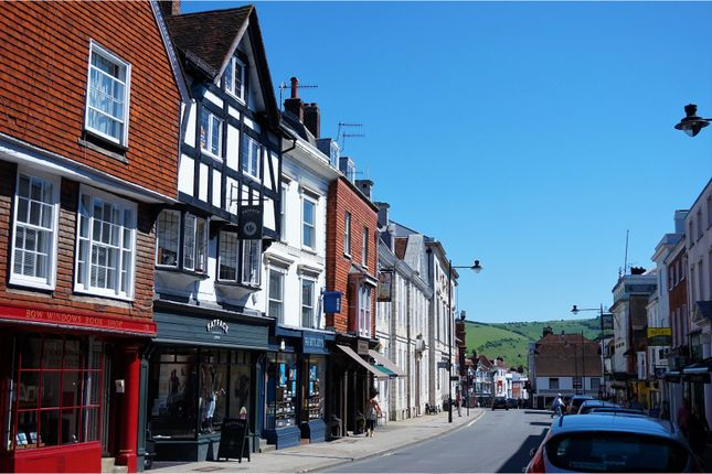 2 bed maisonette for sale in High Street, Lewes