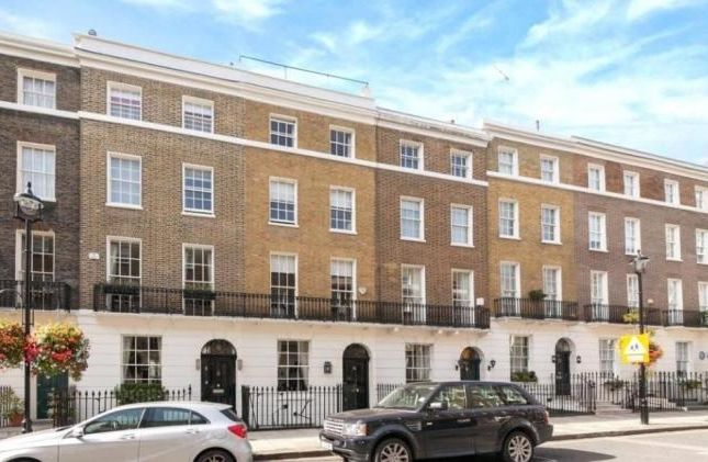 Thumbnail Terraced house for sale in Albion Street, London