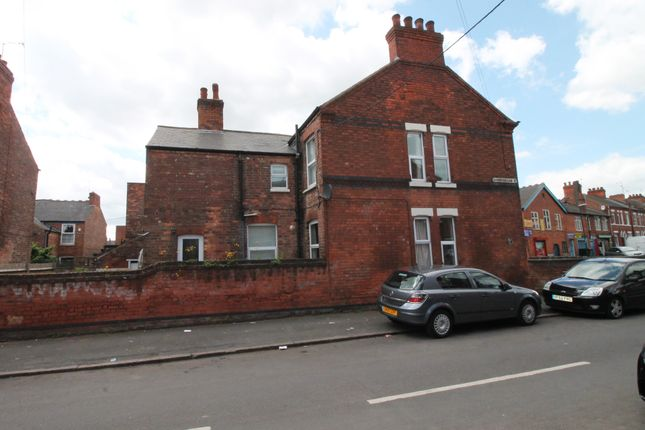 3 bed semi-detached house to rent in Sneinton Dale, Nottingham