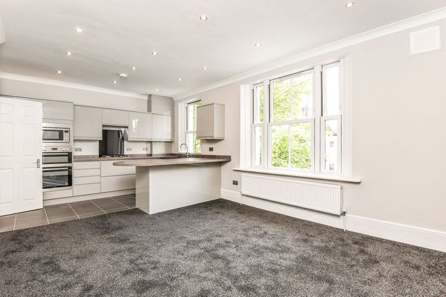 3 bed flat for sale in Alpha Street, London
