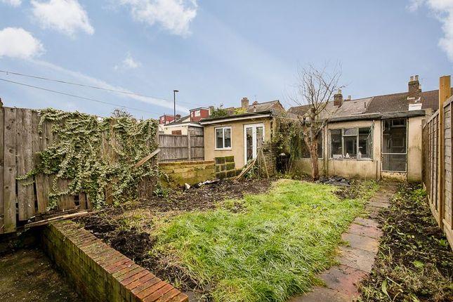 Photo 3 of Dennett Road, Croydon CR0