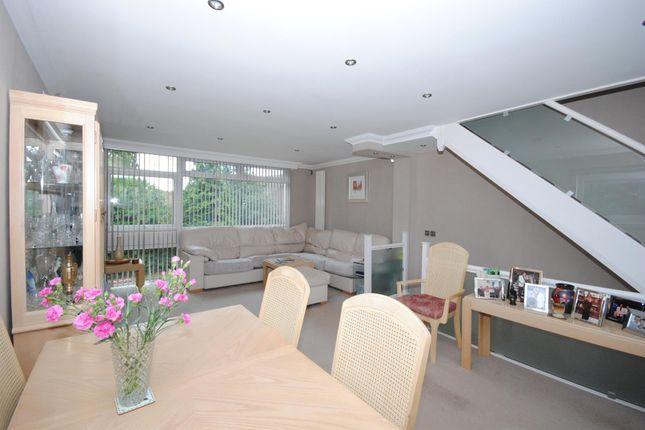 Living Room: of Sunninghill Court, Sunninghill, Ascot SL5