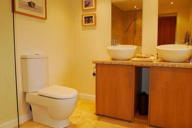 En Suite of Ava Street, Kirkcaldy KY1