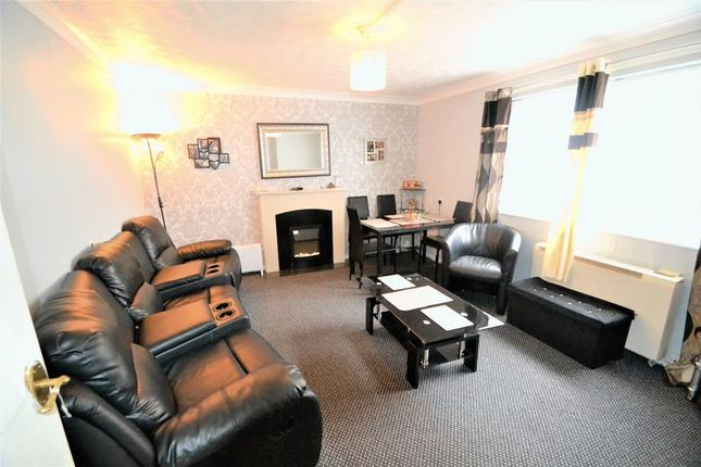 Thumbnail Flat to rent in Arran Gardens, Urmston, Manchester