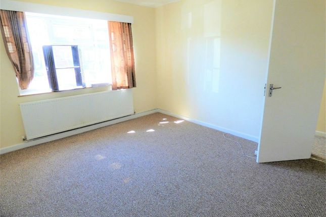 Thumbnail Semi-detached house to rent in Warley Road, Hayes, Middlesex, United Kingdom