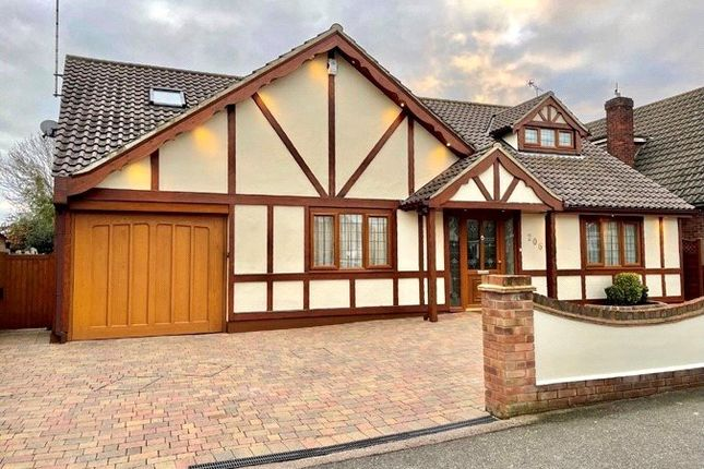 Thumbnail Property for sale in Scrub Lane, Hadleigh, Essex