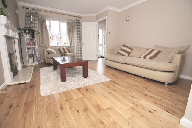 Thumbnail Detached house to rent in Simmons Place, Staines