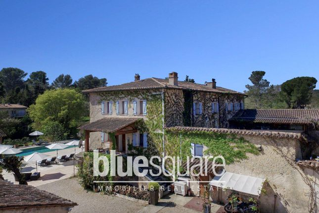 Thumbnail Property for sale in Roquefort-Les-Pins, Alpes-Maritimes, 06330, France