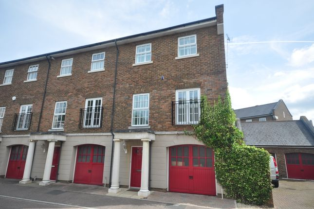 Thumbnail Town house to rent in Capability Way, Greenhithe