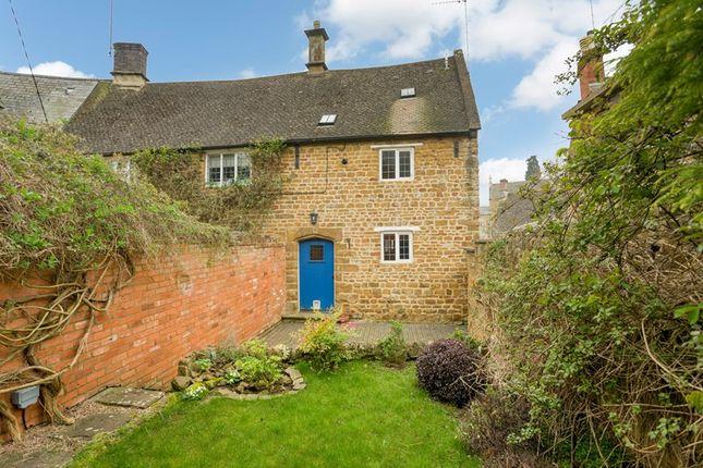 Thumbnail Cottage to rent in Humber Street, Bloxham, Banbury