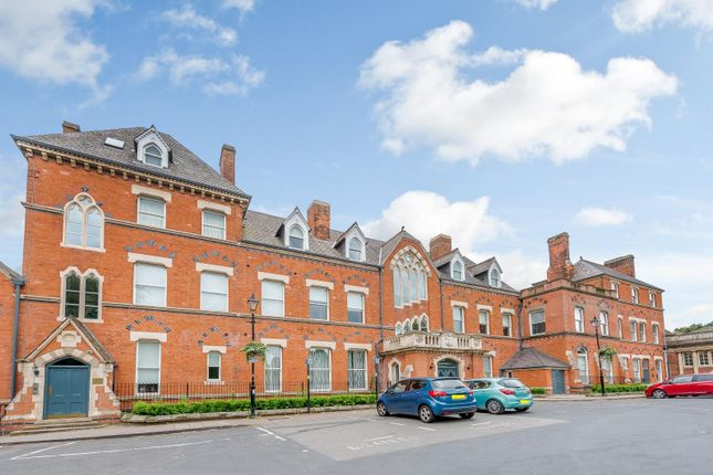 Thumbnail Flat to rent in Royal Sutton Place, King Edwards Square, Sutton Coldfield
