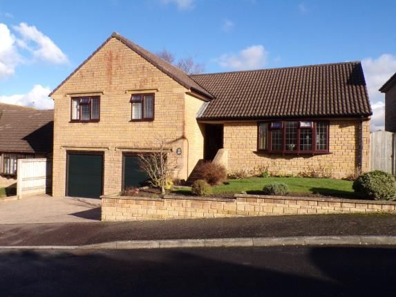 Thumbnail Bungalow for sale in Beechwood Drive, Crewkerne