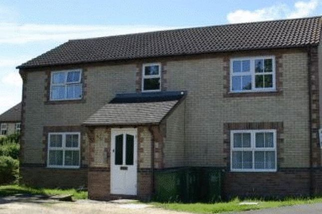 Thumbnail Flat to rent in Rowe Mead, Pewsham, Chippenham