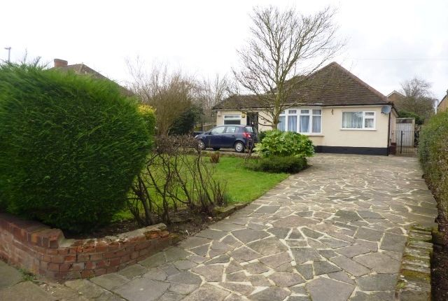 Thumbnail Detached bungalow for sale in Gilders Road, Chessington