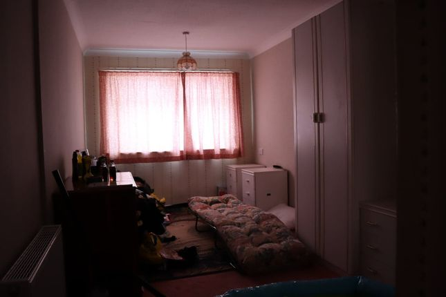 Small Bedroom of Maplewood Avenue, Hull HU5