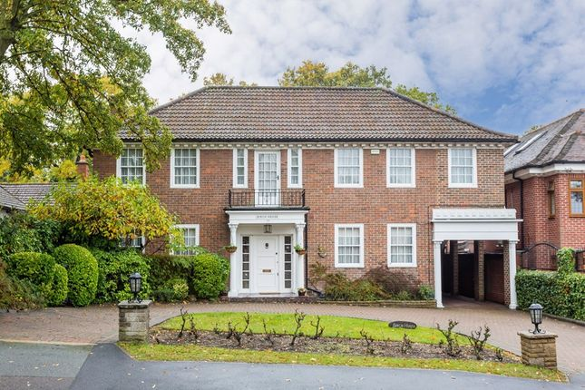 Thumbnail Detached house for sale in Tomswood Road, Chigwell