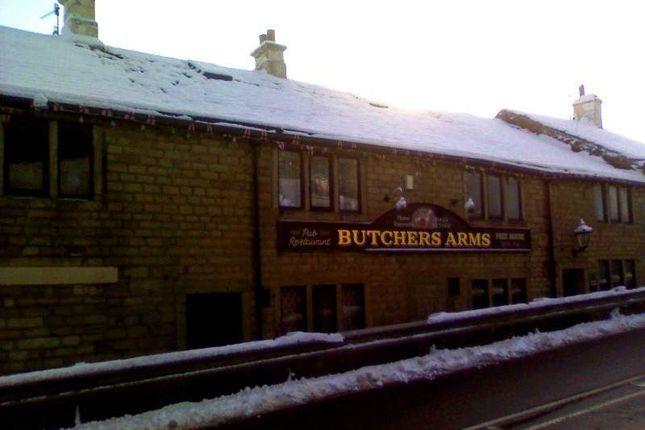 Thumbnail Pub/bar for sale in Rochdale Road, Ripponden, Sowerby Bridge