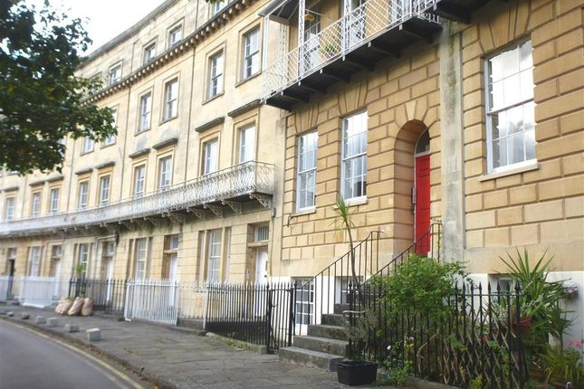 Thumbnail Flat to rent in Saville Place, Clifton, Bristol