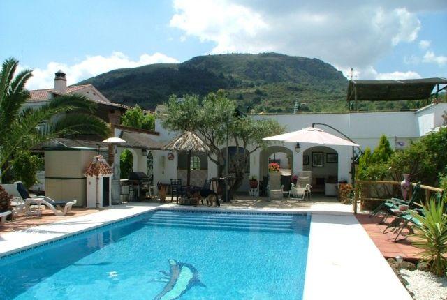 Pool And Bbq of Spain, Málaga, Álora