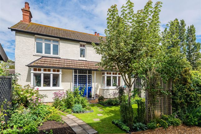 3 bed link-detached house for sale in Church Street, Fenstanton, Huntingdon, Cambridgeshire PE28