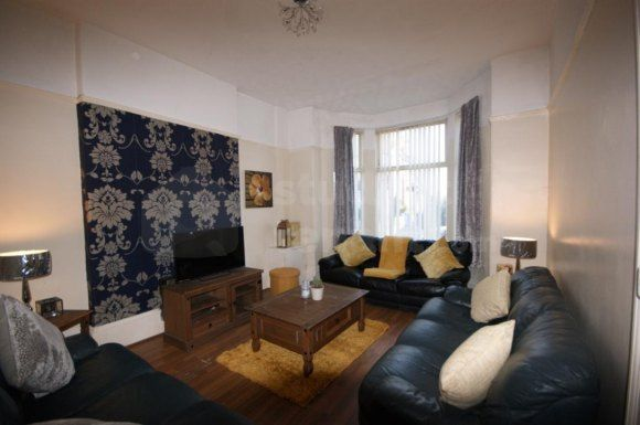 Thumbnail Shared accommodation to rent in Hartington Road, Liverpool, Merseyside