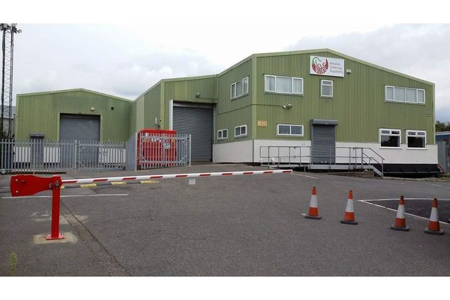 Thumbnail Light industrial to let in 32 Invincible Road, Farnborough