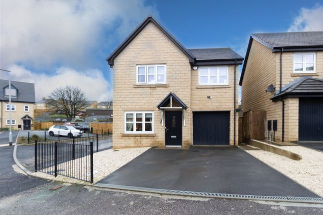 4 bed detached house for sale in Water Meadow Drive, Denholme, Bradford BD13