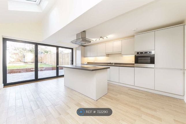 Thumbnail Terraced house to rent in Carlwell Street, London