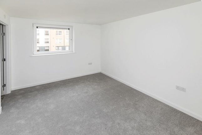 """2 bedroom flat for sale in """"Curlew"""" at Park Road, Aberdeen"""