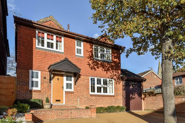 Thumbnail Detached house for sale in Warwick Close, Bexley