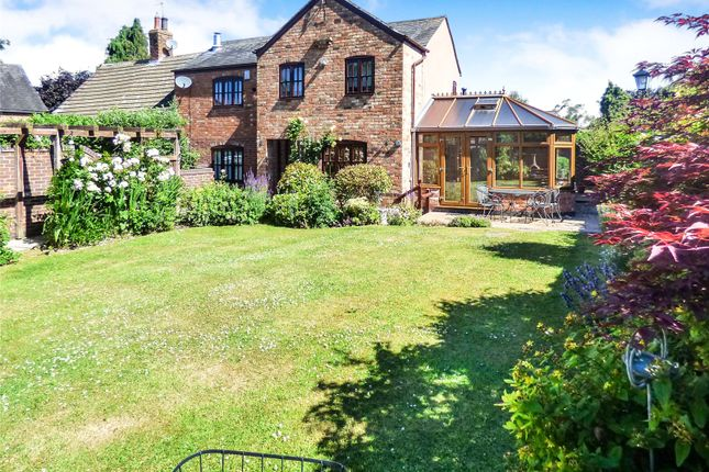 Thumbnail Cottage to rent in Old Mill Road, Broughton Astley, Leicester, Leicestershire