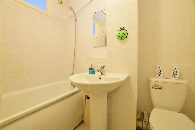 Bathroom of Gurney Close, Barking, Essex IG11